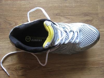 sneakers-279324_640