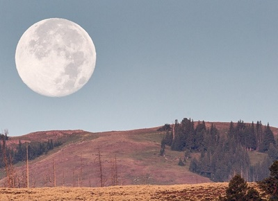 moonset-873440_1280