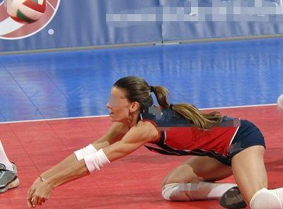 womens-volleyball-912702リベロ-compressor